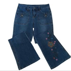 2/$40 Nevada Girls Flare Jean Embroidered Flowers